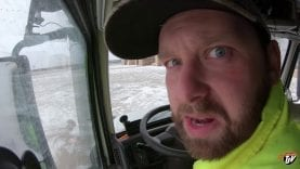 My Trucking Life – PUT IT BACK ON THE TRAILER!! – #1565