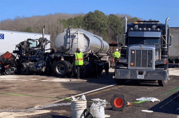 2 Truck Drivers Killed In Head On Collision After Trucker